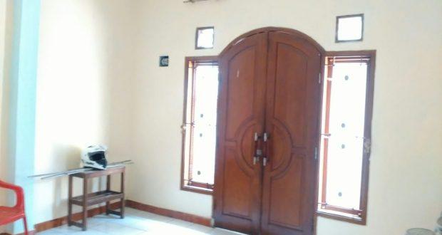 Rumah Murah 2 Lantai, Kamar Banyak, Super Strategis di Pasar Minggu Rp 877.000.000